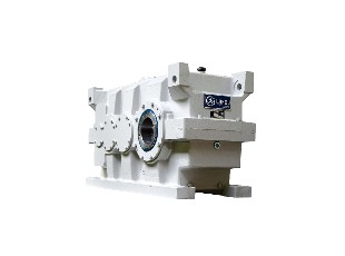 Gearbox for oil-seed screw presses